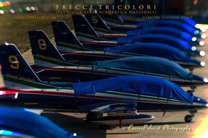 FRECCE TRICOLORI (Pattuglia Aerea Acrobatica Nazionale Italiana) - TRICOLORED ARROWS (Italian Air Force Acrobatic Squad)