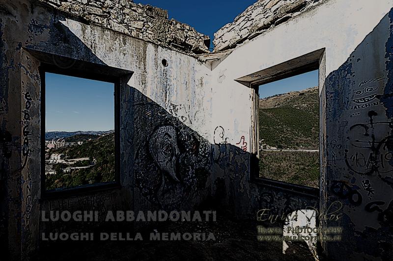 LUOGHI ABBANDONATI Luoghi della Memoria COMPLESSO BUNKERS M MORO