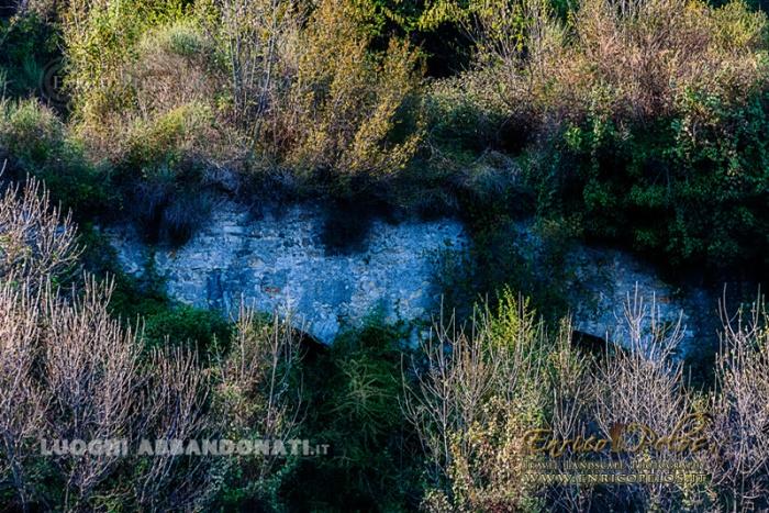 LUOGHI ABBANDONATI - ABANDONED PLACES dell'ACQUEDOTTO STORICO DI GENOVA http://www.enricopelos.it http://www.luoghiabbandonati.it https://www.facebook.com/LuoghiAbbandonatiAbandonedPlacesByEnricoPelos © Enrico Pelos | enricopelos.it write to the Enrico Pelos enricopelos@alice.it for the use of these photos scrivere a Enrico Pelos enricopelos@alice.it per l'uso di queste foto
