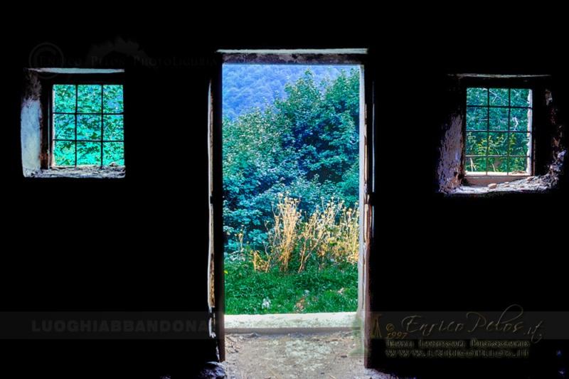 LUOGHI ABBANDONATI - ABANDONED PLACES http://www.luoghiabbandonati.it https://www.facebook.com/LuoghiAbbandonatiAbandonedPlacesByEnricoPelos http://www.enricopelos.it © Enrico Pelos   enricopelos.it write to the Enrico Pelos enricopelos@alice.it for the use of these photos scrivere a Enrico Pelos enricopelos@alice.it per l'uso di queste foto