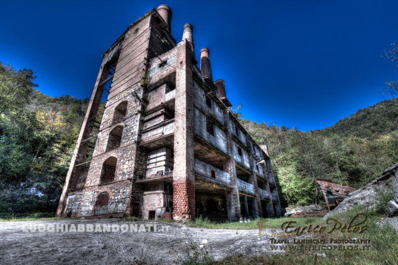 LUOGHI ABBANDONATI - ABANDONED PLACES http://www.enricopelos.it http://www.luoghiabbandonati.it https://www.facebook.com/LuoghiAbbandonatiAbandonedPlacesByEnricoPelos © Enrico Pelos | enricopelos.it write to the Enrico Pelos enricopelos@alice.it for the use of these photos scrivere a Enrico Pelos enricopelos@alice.it per l'uso di queste foto
