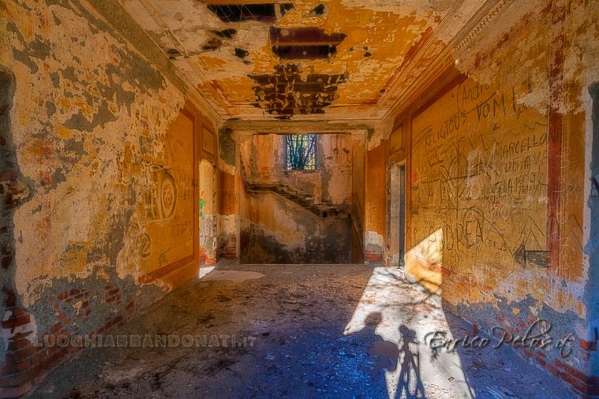 LUOGHI ABBANDONATI - ABANDONED PLACES