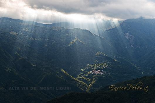L'Alta Via dei Monti Liguri e' un trekking di 440 km circa e attraversa tutta la liguria da un lato all'altro portandoci a camminare in molti casi tra i monti con spettacolari panorami sul mare. In linea di massima la foto e' stata fatta direttamente dal percorso dell'Alta Via dei Monti Liguri o, nel caso di panorami, paesi dai quali si dipartono percorsi di varianti con soggetti e/o dettagli importanti da vedere per l'escursionista, la foto e stata fatta da crinali opposti o su sentieri da posizioni opposte o comunque lontane in modo da dare l'idea del paesaggio nel quale si cammina o si va in bici ed in molti tratti a cavallo.   --- The Ligurian Mountains High Way is a 440 km length trek which crosses the Liguria region from one side to the other one walking often between mountains and spectacular sea sceneries. In general the photo was taken directly from the Alta Via of the Ligurian Mountains or in the case of landscapes, countries from which new path branch off and / or important details to be seen for the hiker, the photo it was made by opposite mountain sides or on paths from opposite positions or at least so far as to give the idea of the landscape in which you walk or go by bike and in the many cases also with horse.