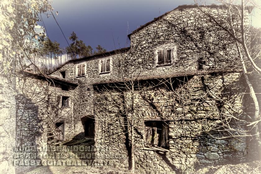 luoghi-abbandonati-paese-della-casa-delle-bambole-6063-b-ph-enrico-pelos